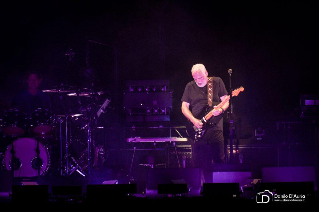 David Gilmour mette all'asta le sue chitarre