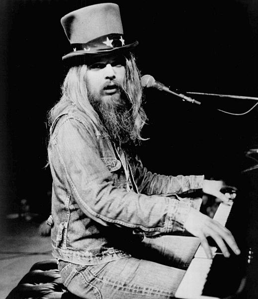519px-leon_russell_1973