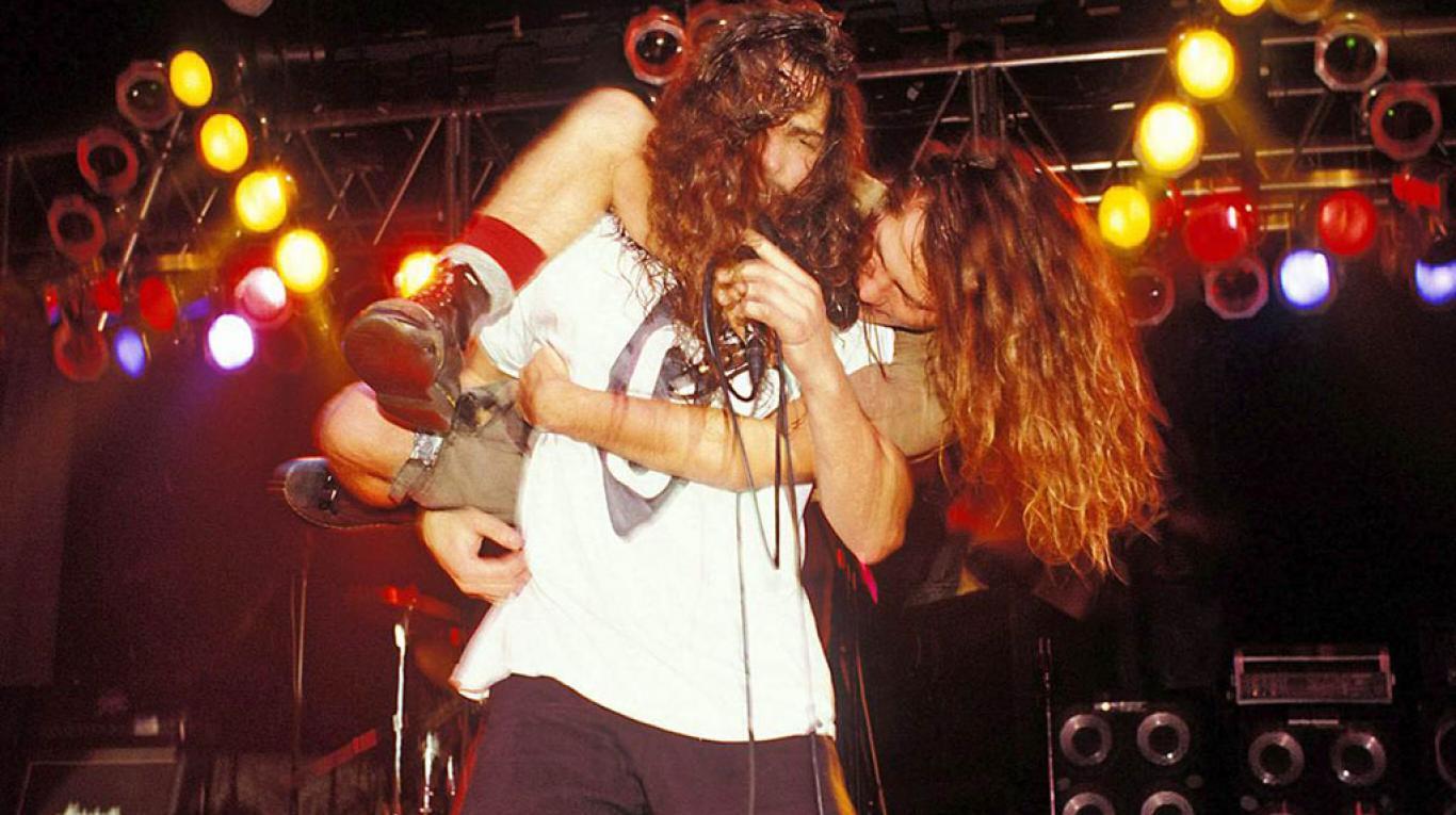 Eddie Vedder, a Londra il commovente ricordo del 'fratello maggiore' Chris Cornell