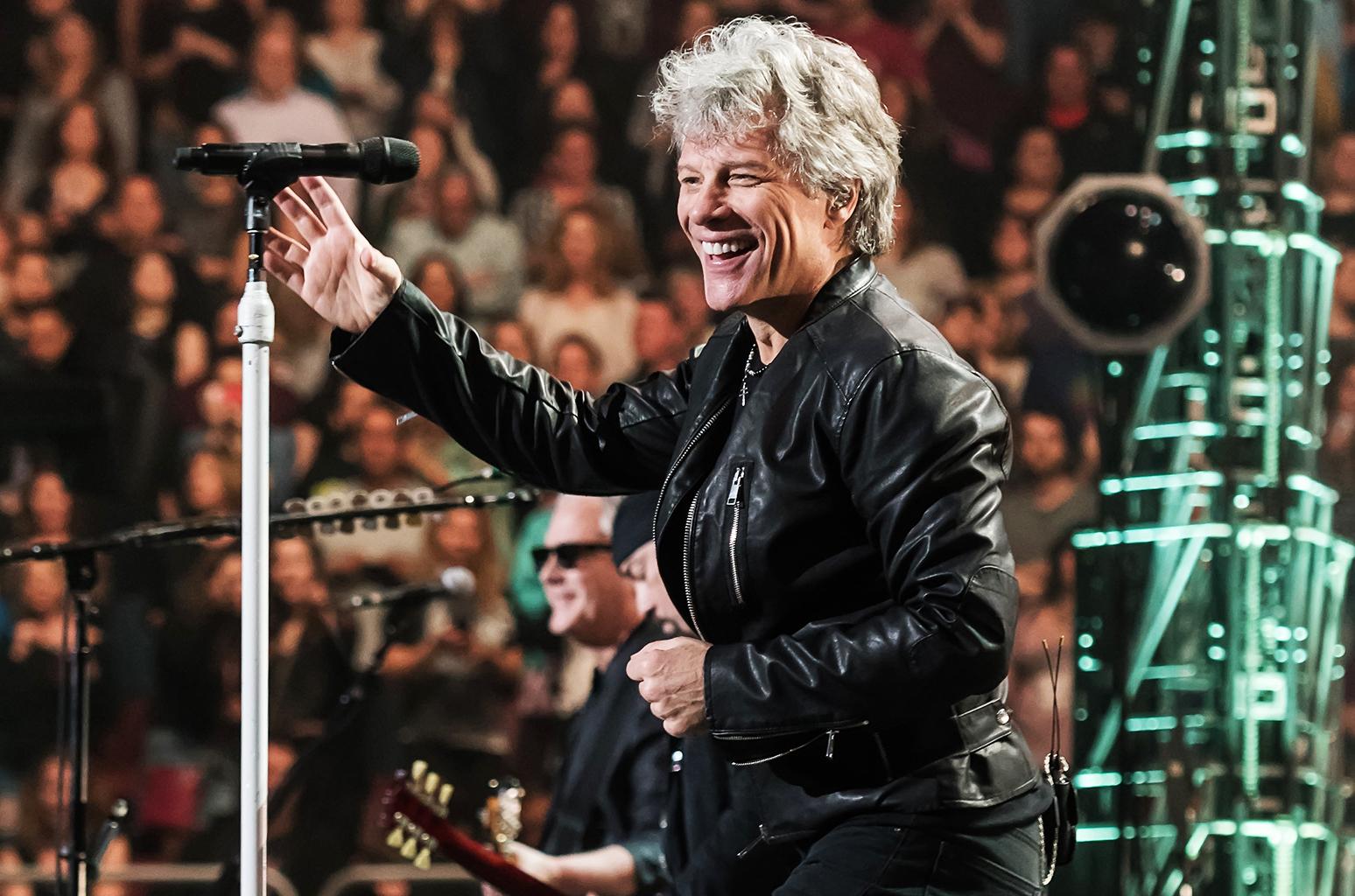 Bon Jovi Performance Philly Billboard Lita Ford
