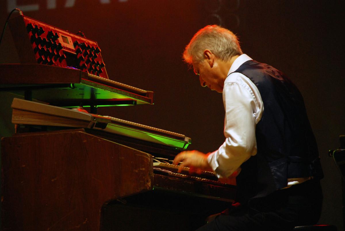 Tony Pagliuca, Le Orme, Prog, Tastieristi, Italiani, Storia, Stone Music