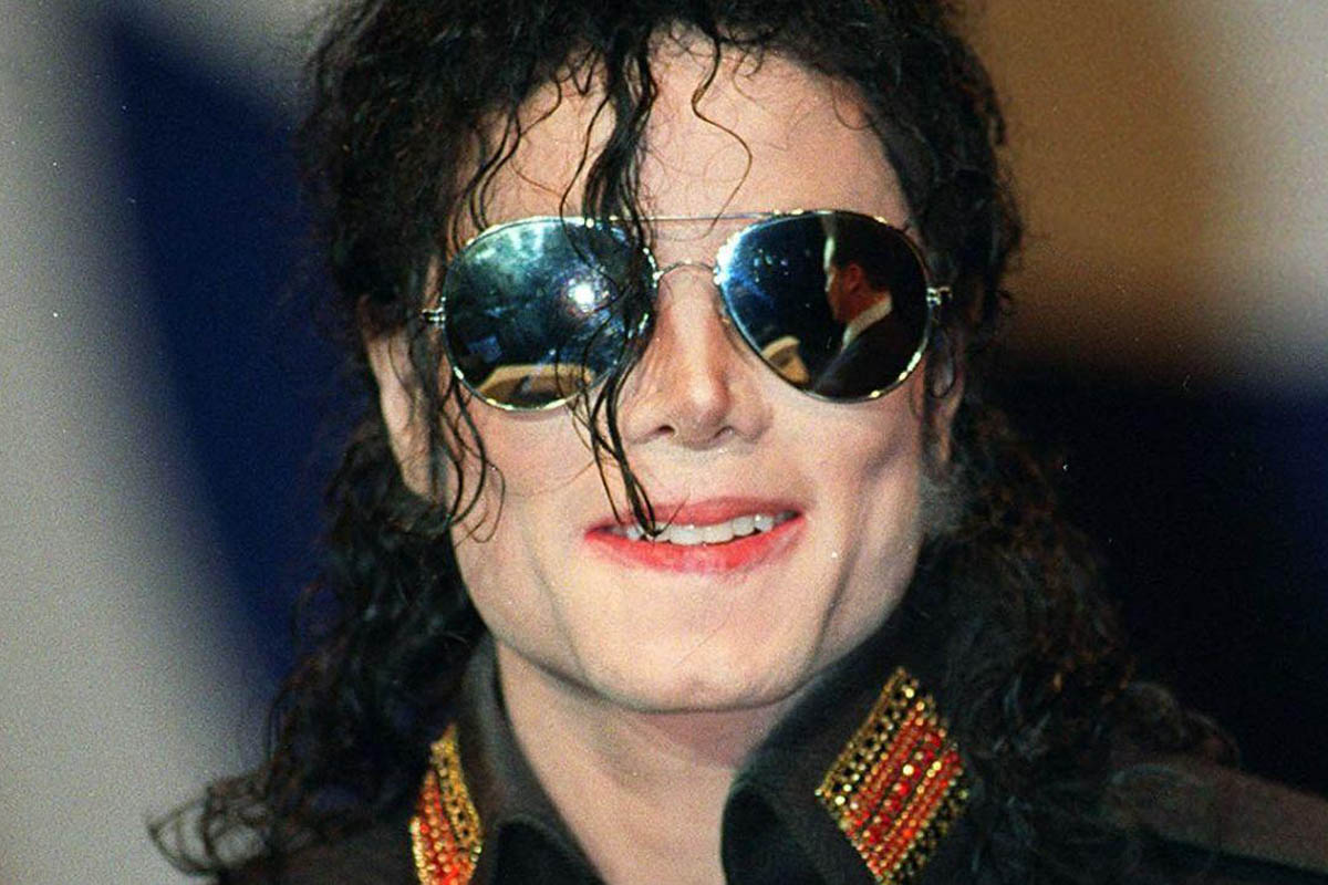 Michael Jackson, Finn White-Thomson, Black or White, Thriller, Kevin Hughes, Brigitte Steinmetz, Dan Wootton, Paul Gambaccini, Joseph Vogel, Classic Rock, stonemusic.it